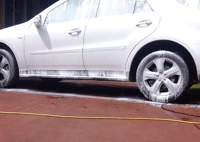 Have a great weekend everyone! #foamfriday #mercedes