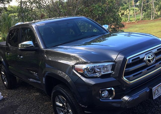 Gold detail plus sealant on this Tacoma. Protect your investment!! #tacoma #toyota #kauai #cardetailing #detailersofinstagram #808autodetailers #808auto #cardetailoftheday
